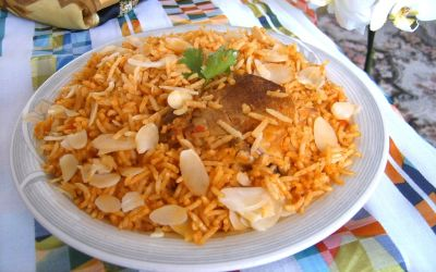 Jollof rice with almonds